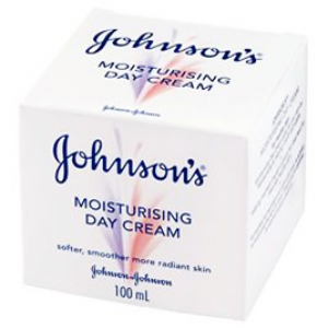 Johnson's Triple Effect Day Cream  Softer , Smoother , More Radiant Skin  50 mL
